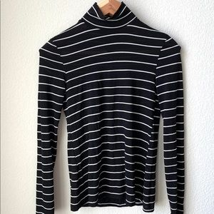 Zara striped black and white mock turtleneck S
